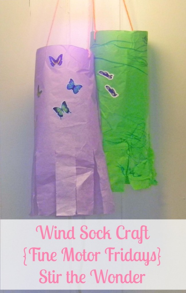 Wind Sock Craft {Fine Motor Fridays} | Stir the Wonder #kbn #finemotor #springcrafts