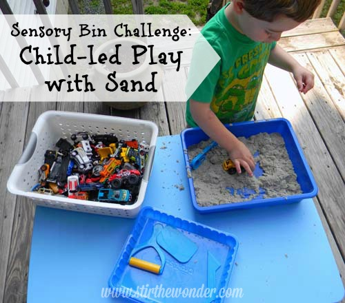 Sensory Bin Challenge: Child-led Play with Sand | Stir the Wonder #sensory #kbn #childled