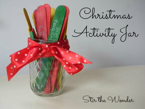Christmas Activity Jar | Stir the Wonder #kbn #kidscrafts #kidsactivities