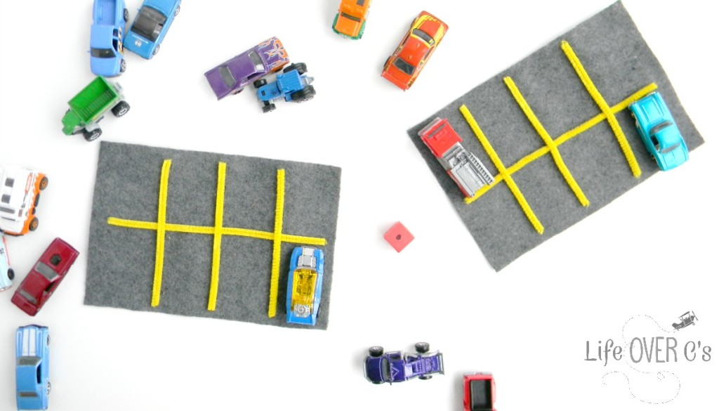 This car parking lot preschool math grid game is a great way to work on one-to-one correspondence, counting, and other preschool math skills. Perfect for a transportation unit!