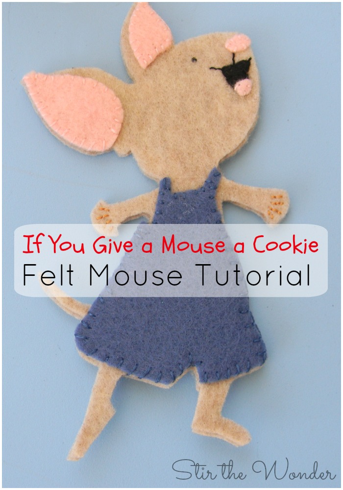 If You Give a Mouse a Cookie- Felt Mouse Tutorial! Your kids will love playing with this adorable mouse in our latest sensory bin! to go along with the classic Laura Numeroff book!