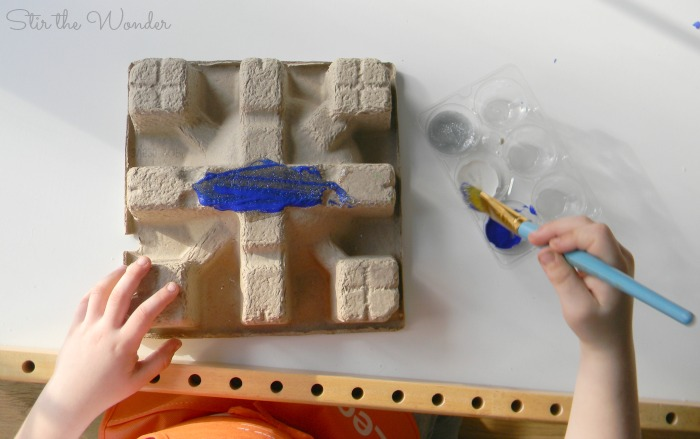 Painting Recycled cardboard snowflakes