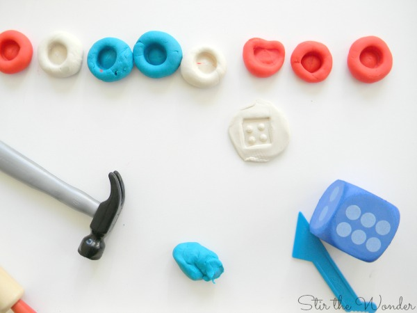 Count and Smash Play Dough Math Activity for Preschoolers #toolsforlearning