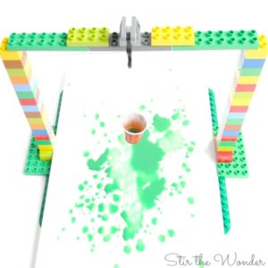 Duplo Pendululm Painting STEAM project